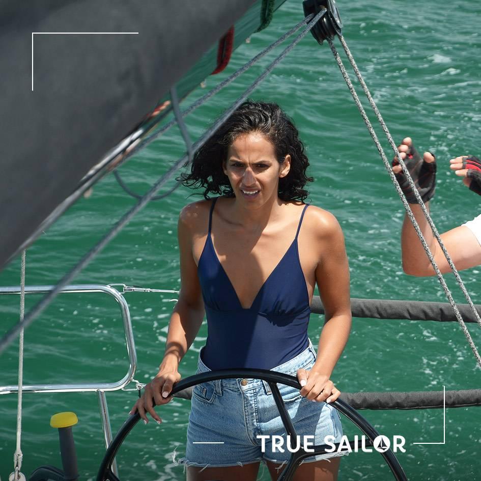 Apprendre à barrer un voilier