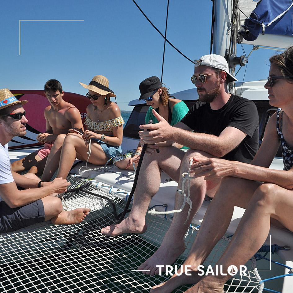 Apprendre à faire des noeuds marin en team building