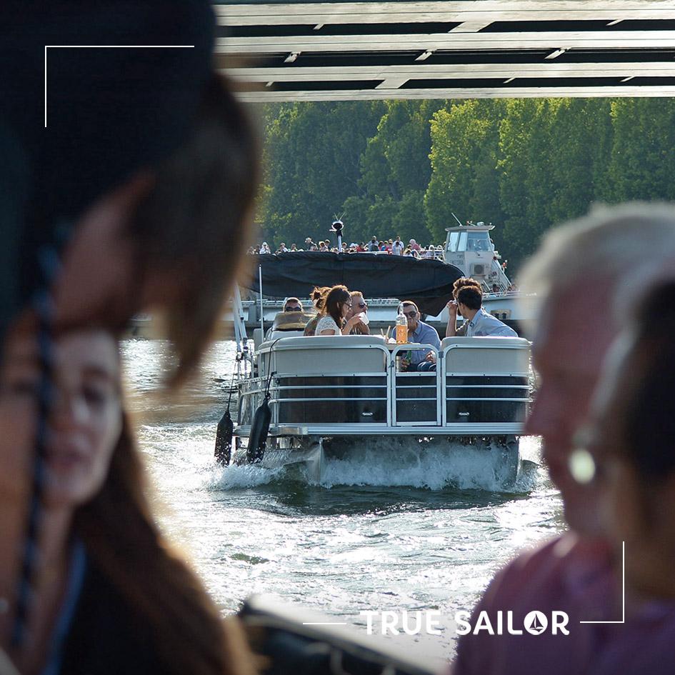 En bateau à Paris pour un événement d'entreprise