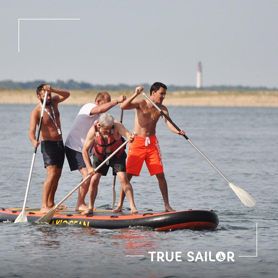 Activité originale team building paddle géant