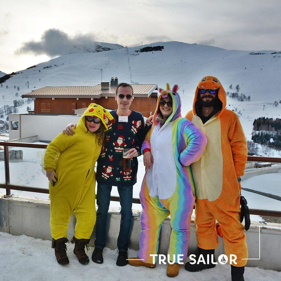 Team building avec déguisement à la neige