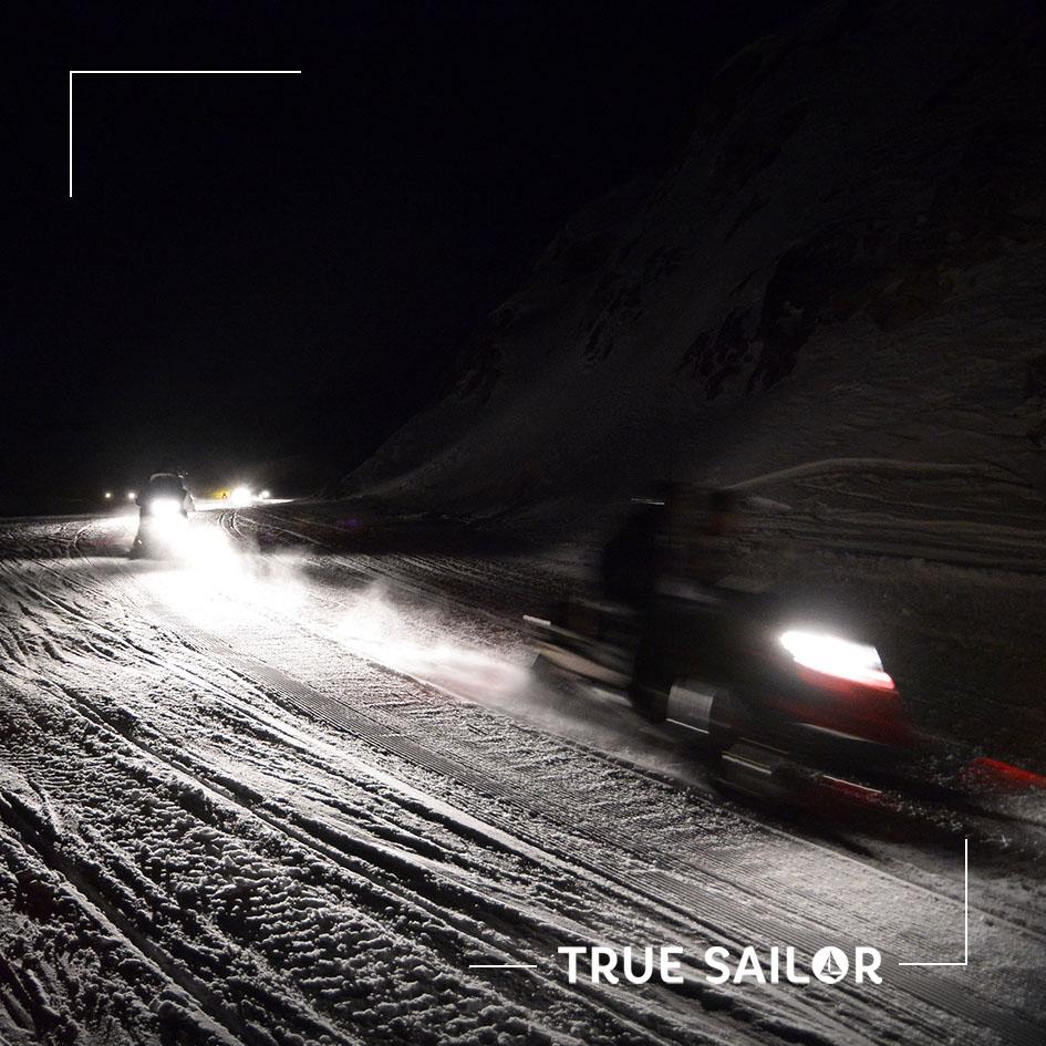 Activité motoneige séminaire à la montagne Alpes