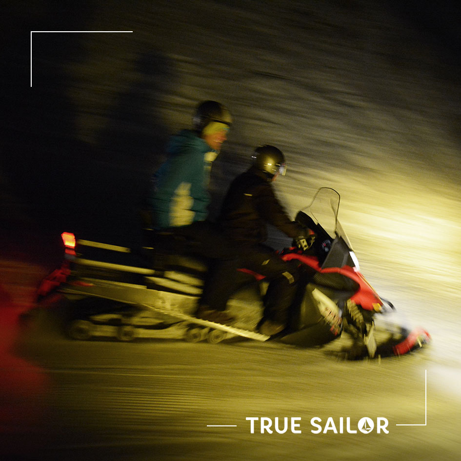 Activité motoneige séminaire à la neige