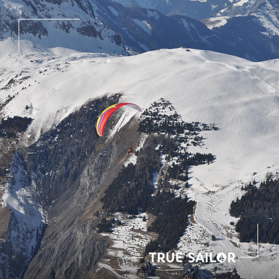 Parapente à la montagne Alpes et Pyrénées pour séminaire original