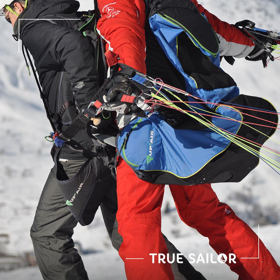 Activité challenge parapente à la montagne lors d'un séminaire